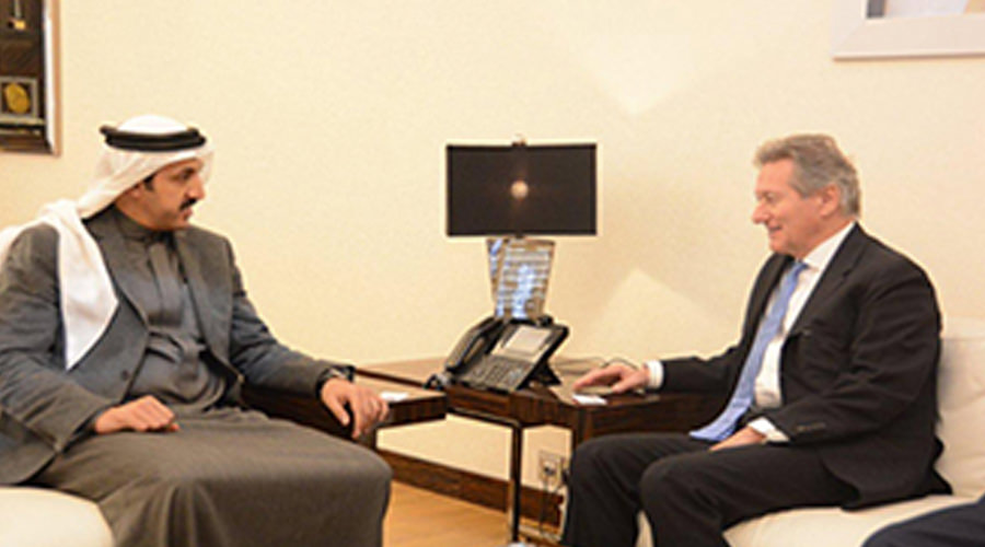 Derasat Chief Discusses Cooperation With IISS Director-General