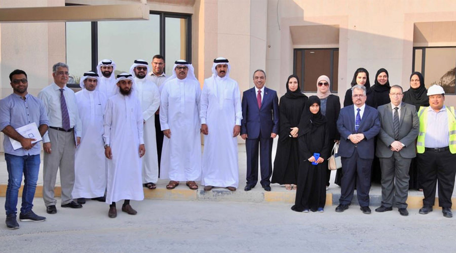 The Minister of Works and Housing Inspects Refurbishment at Derasat