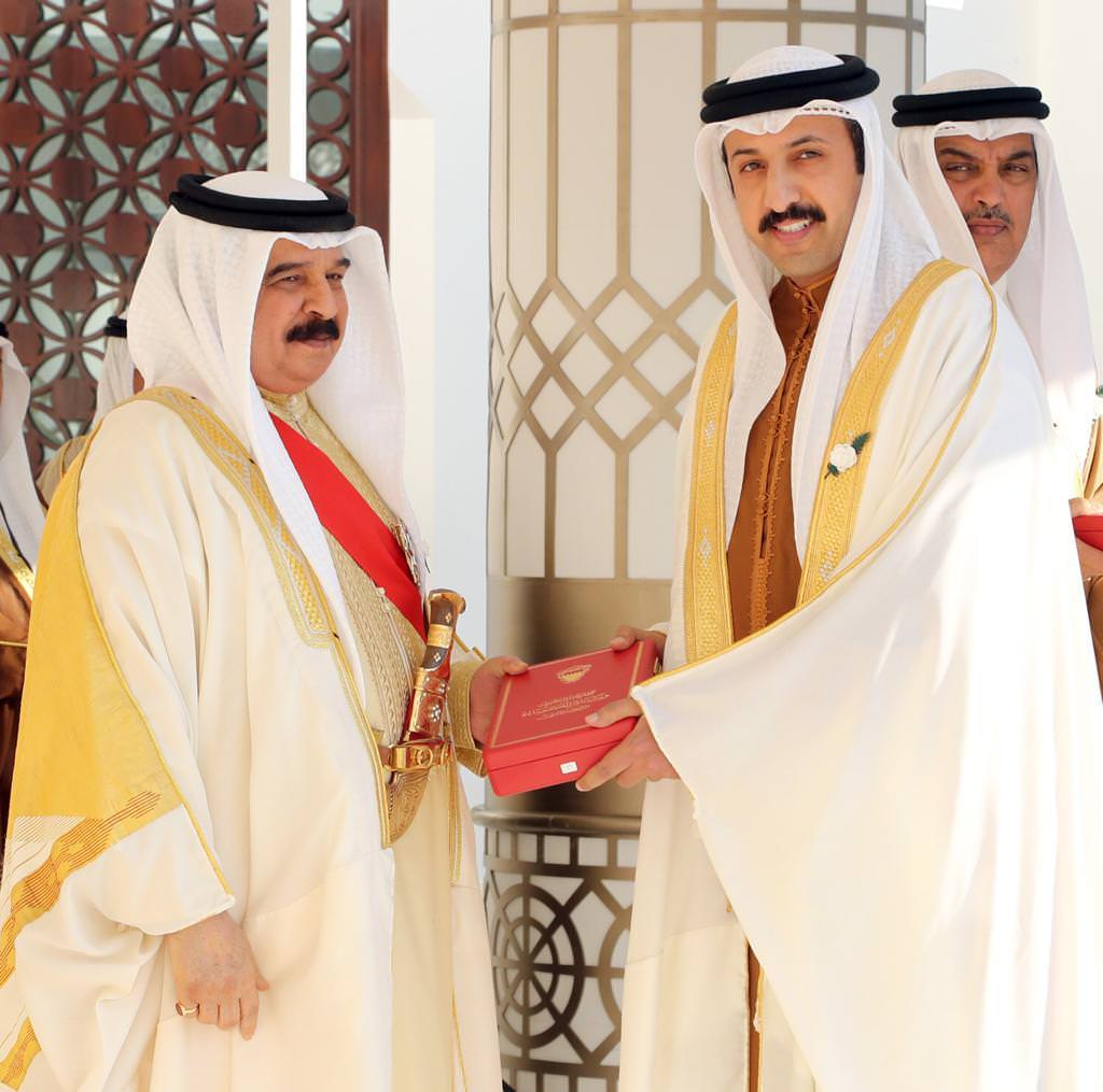 HM The King Awards Order of Competence to Derasat Chairman