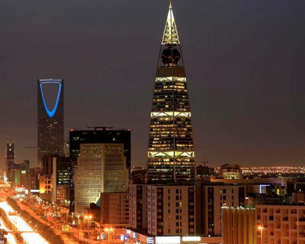 Why Saudi Arabia should consider increasing some public sector salaries