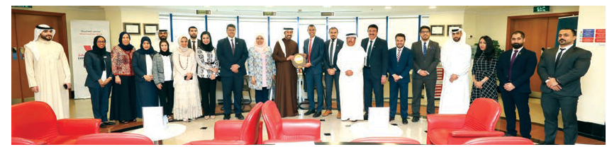 Tamkeen Customer Service Centers at Seef and Traders House receive the Golden Shield