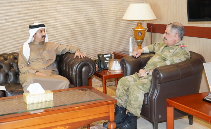 National Guard Staff Director receives Derasat Chairman